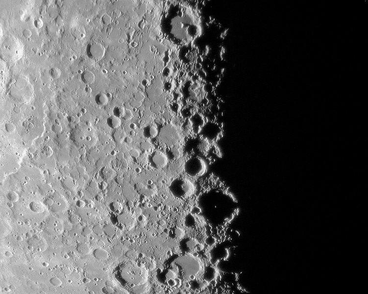 Lunar X Oct 25, 09 - 10 inch refractor-bw.jpg