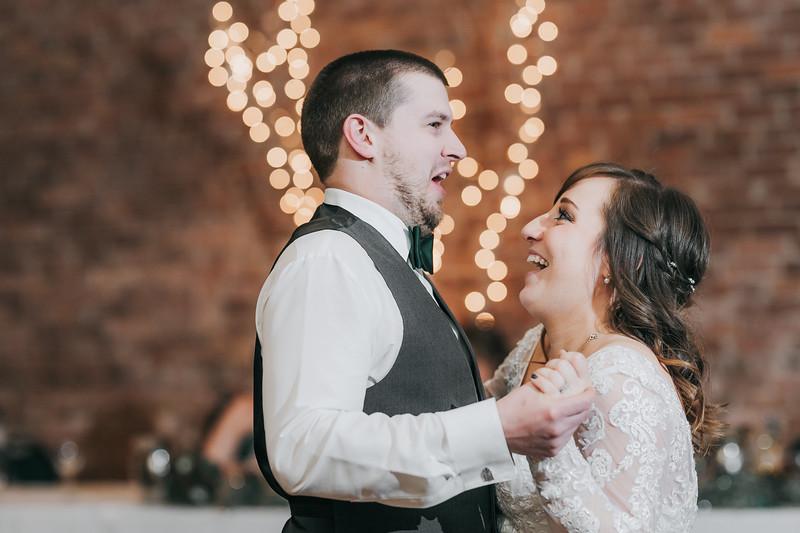 Johnna_Derek_Wedding_La_Casa_Grande_Beloit_Wisconsin_December_15_2018-368.jpg