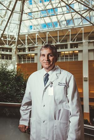 Dr. Paidas