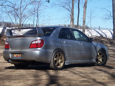 Nick's 2004 WRX on 17x8 e44 Rota Grids