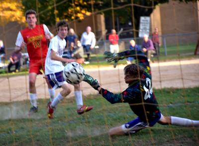 PHOTOS: UD vs Penncrest Soccer