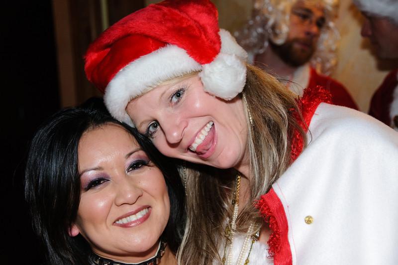 2009 ALS Santa Crawl-75.jpg