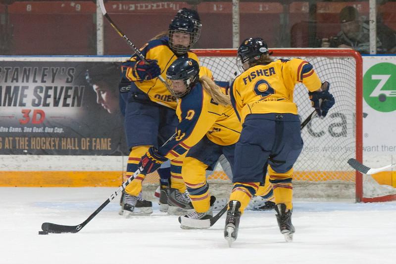 20130310 QWHockeyvsUBC 455.jpg