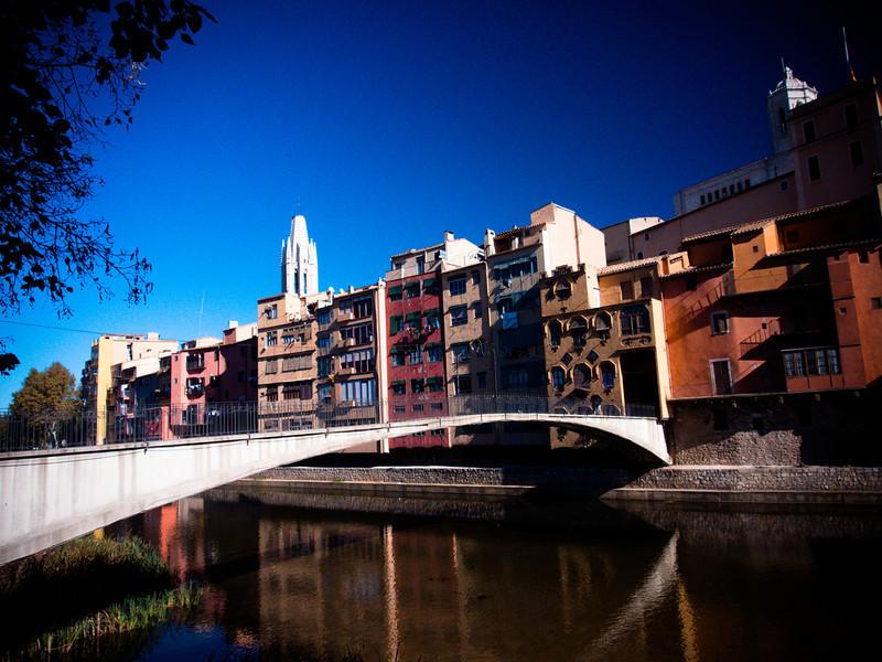girona river 2.jpg
