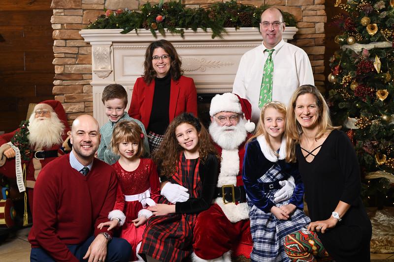 Santa2018.TylerBoye.-117.jpg