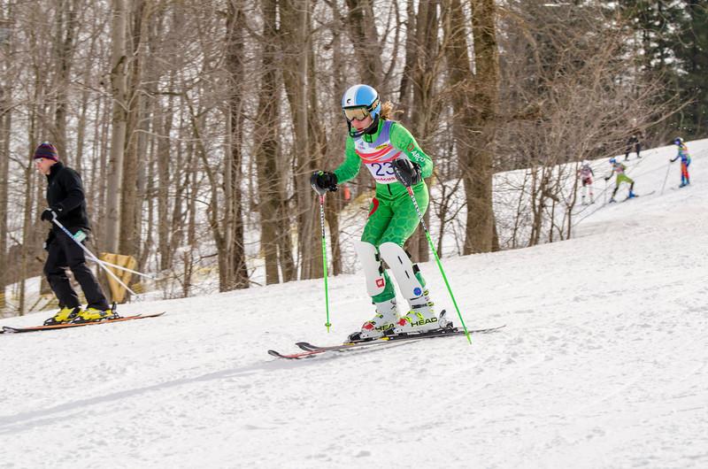Standard-Races_2-7-15_Snow-Trails-317.jpg
