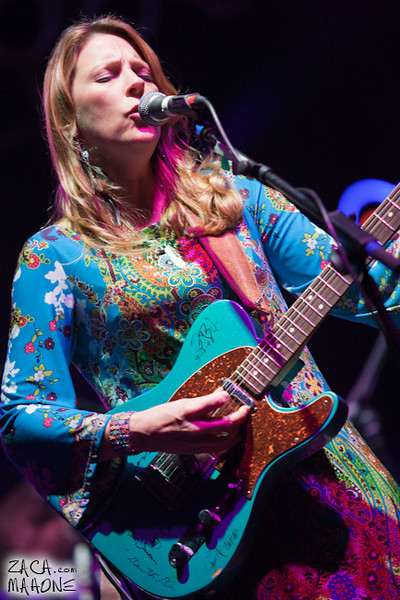 Derek Trucks and Susan Tedeschi Band-7.jpg
