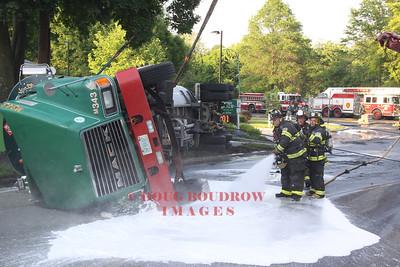 Arlington, MA - Tanker Rollover, Medford Street & Mystic Valley Parkway, 5-31-13