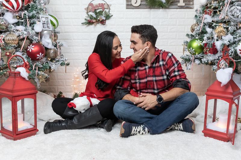 12.24.19 - Adriana's Christmas Photo Session 2019 - -66.jpg
