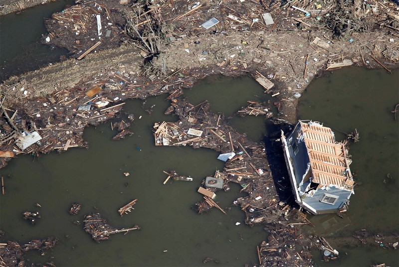 JapanEarthquake2011-276.jpg