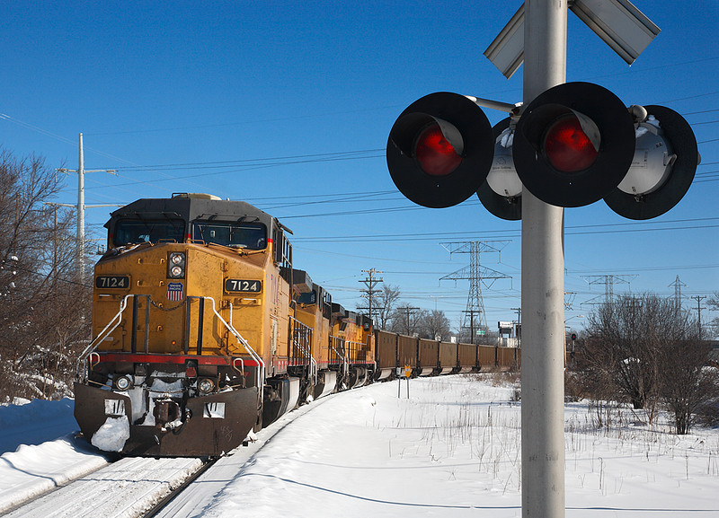 Union Pacific 7124 (GE C44/60CW) - Butler, WI