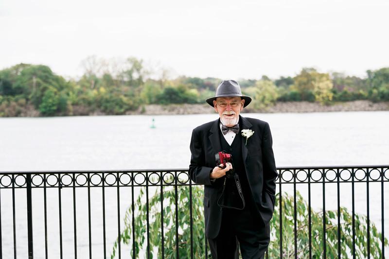 chateau-on-the-river-trenton-michigan-wedding-0062.jpg