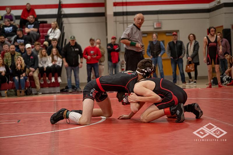 Wrestling at Granite City-09218.jpg