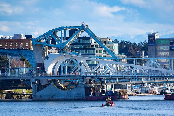 Victoria's New Bridge