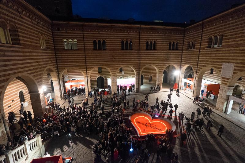 Verona_Italy_VDay_160213_17.jpg