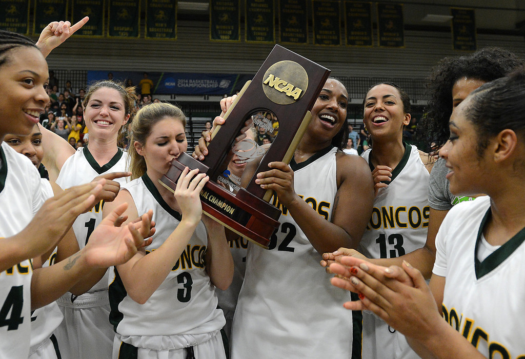 . Cal Poly Pomona celebrates their win over Montana State Billings during the NCAA Division II West Regional championship game at Cal Poly Pomona in Pomona, CA, Monday, March 17, 2014. (Photo by Jennifer Cappuccio Maher/Inland Valley Daily Bulletin)