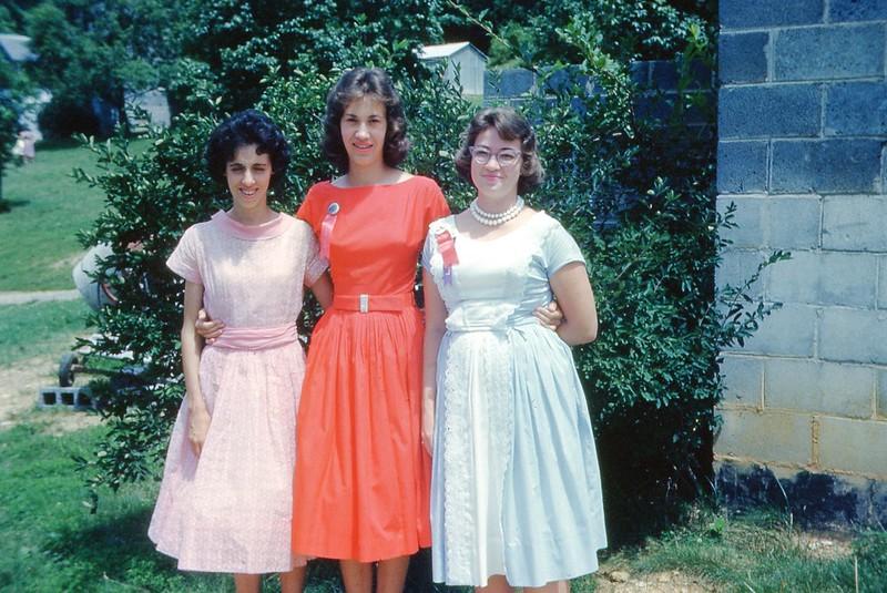 1961 - Campe Counselors.jpg