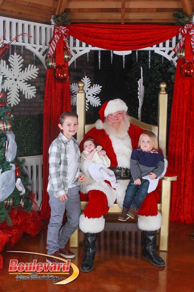 Santa 12-10-16-95.jpg