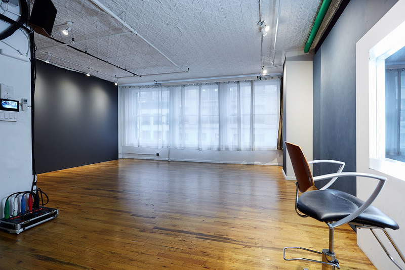 studio003.jpg