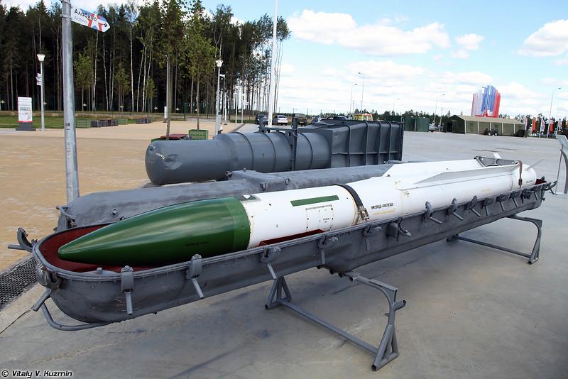 Зенитная управляемая ракета 9М38 (9M38 surface-to-air missile)