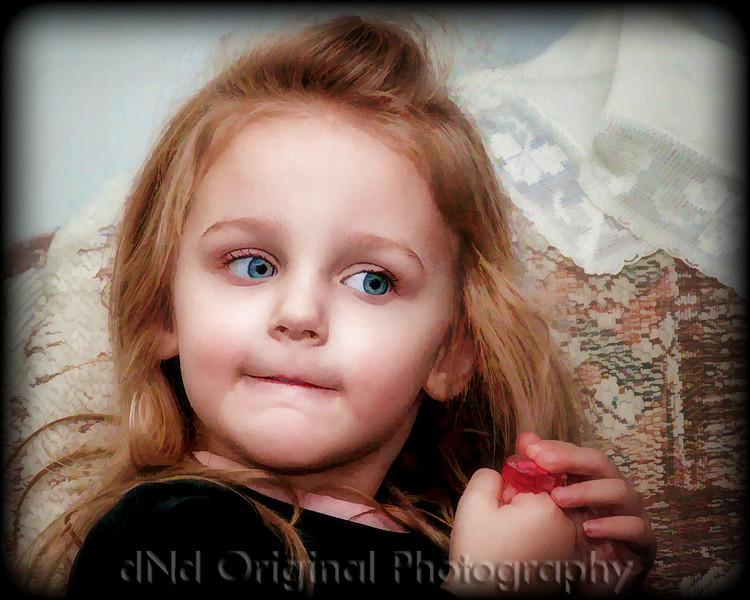 26 Christmas 2009 - Brielle (softfocus 10x8 crop buzsim).jpg