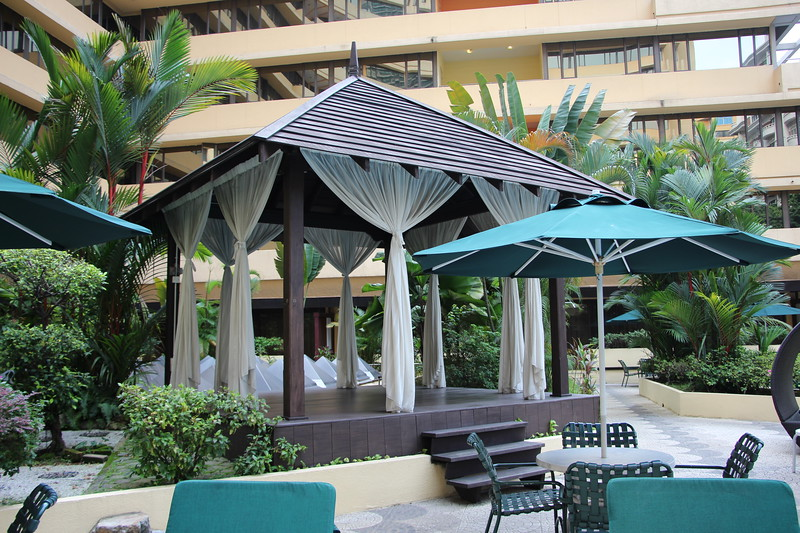KL_Corus_Hotel_Pool - Private Cabanas