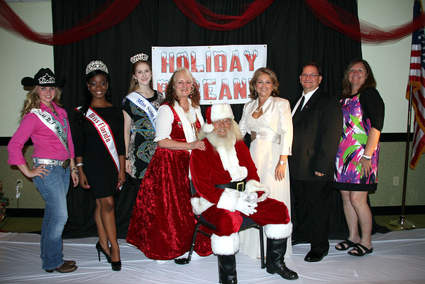 ST CLOUD HOLIDAY PAGEANT