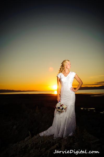 Annika's Bridals