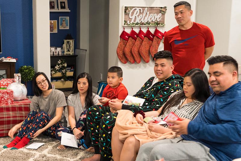 20191225_christmas-ho-family_017.jpg