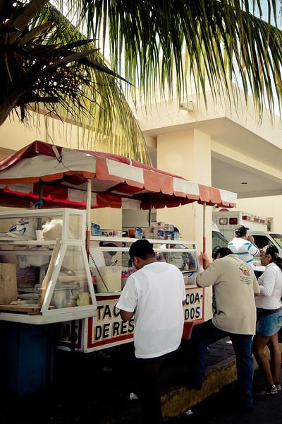 playa del carmen taco stand.jpg