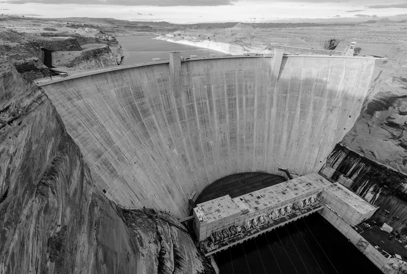 glen-canyon-dam-bw-35.jpg