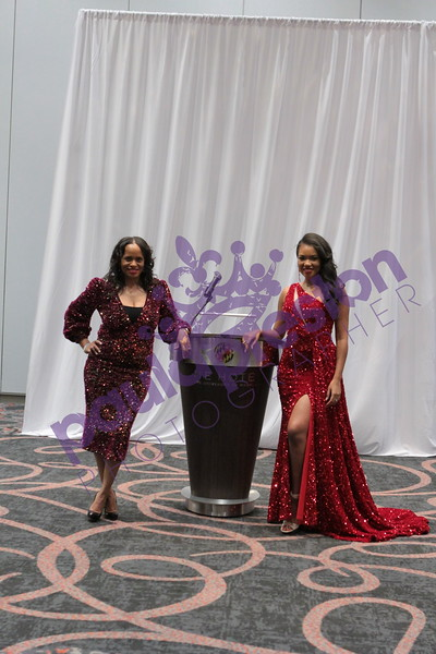 4 Mrs and Ms Pageant
