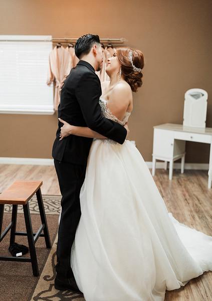 Alexandria Vail Photography Wedgewood Fresno Wedding Alexis   Dezmen289.jpg