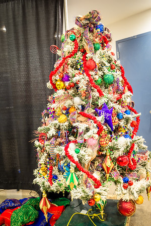 Trees: Safeway Providence Festival of Trees - Medford