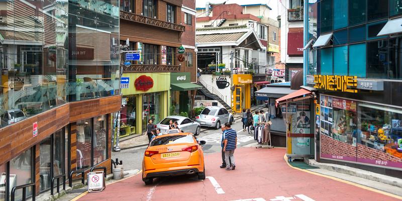 Street scene, Seoul, South Korea