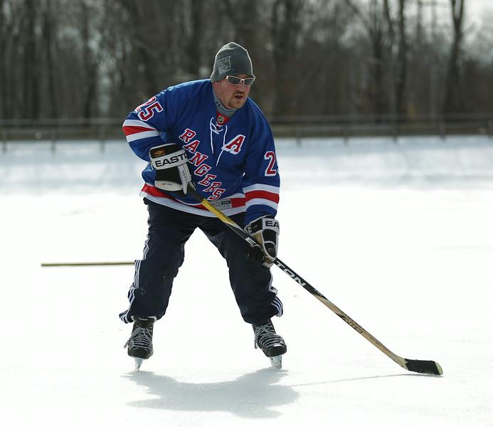 20140208_EMCphotography_PondHockeyCongersLakeNY-35.jpg