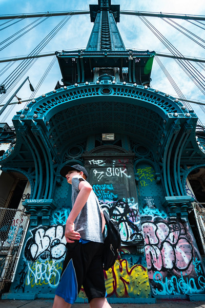 Manhattan Bridge shoulder and kid.jpg