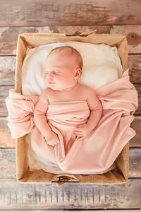 LylaMarieKish_Newborn-140