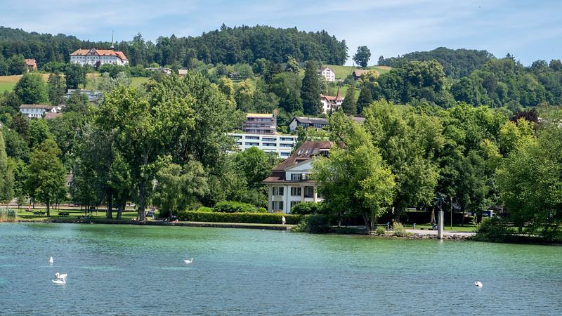 Switzerland-Boat-to-Lucerne09.jpg
