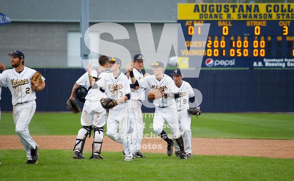5. 8.2014 - Augustana Baseball vs. NCC