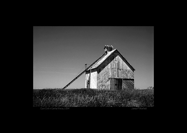 069_Corn Crib in Central Illinois, USA copy.jpg