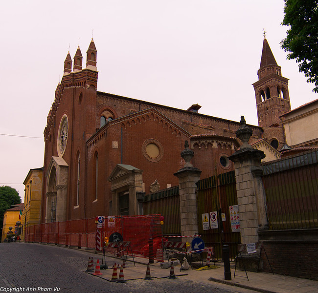 Uploaded - Nothern Italy May 2012 0055.JPG
