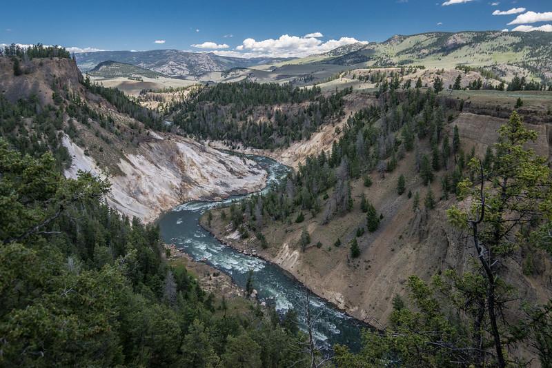 Yellowstone-13.jpg