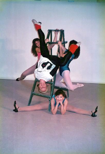 Dance_2031_a.jpg