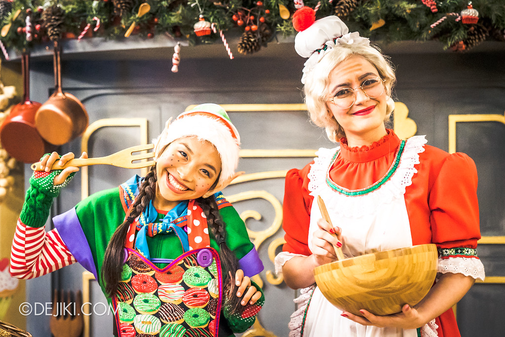Universal Studios Singapore - A Universal Christmas event 2017 / Santa's Workshop Kitchen with Mrs Claus