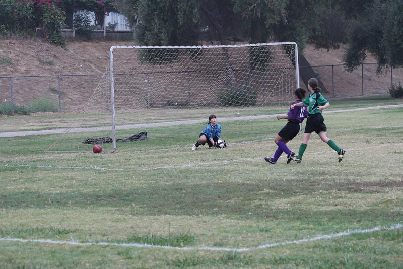 Soccer2011-09-24 08-31-38_1.JPG