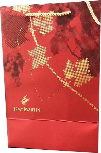 400- Red Golf Leaf Remy Bag
