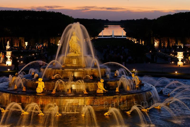 Latona fountain during Fountains Night Show, Versailles.