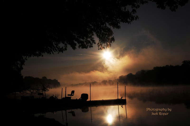 Sunrise over  Rock River _6587.jpg