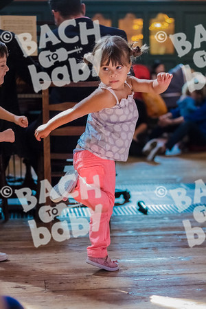 ©Bach to Baby 2017_Laura Ruiz_Chiswick_2017-07-21_02.jpg